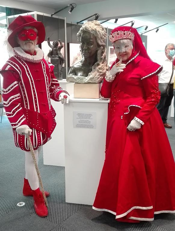 carnaval-venitien-remiremont-vittel-couple-costumes-galerie-sculpture